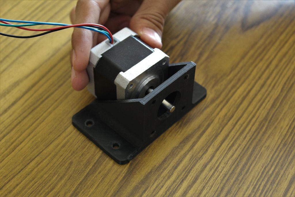Picture of Attaching the Stepper Motor
