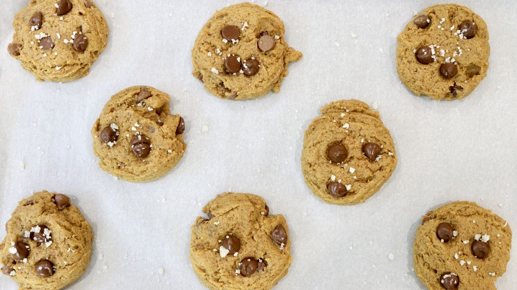 Image of recipe for pumpkin chocolate chip cookies