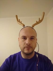 Ugly Reindeer Movable Horns
