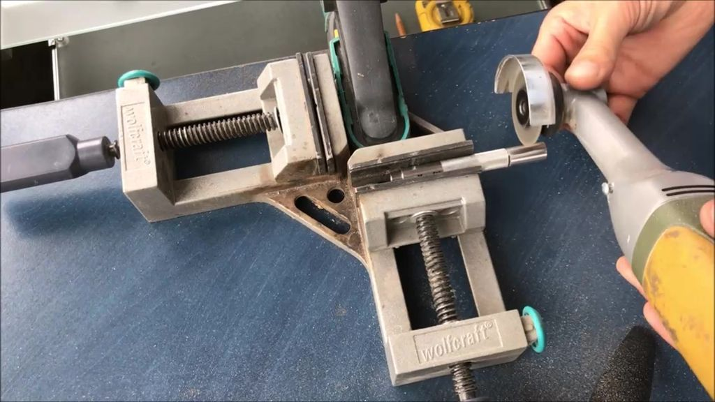 Picture of Shorten the Handle to Desired Lenght