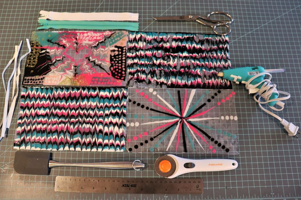 Picture of Marbled Pouch: Installing the Zipper