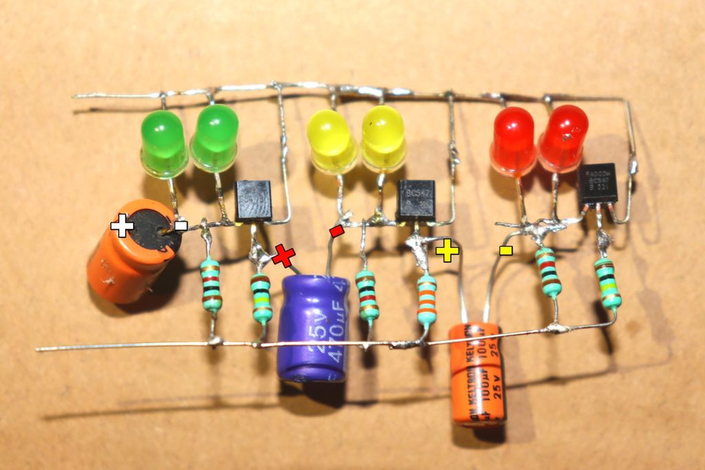 Picture of Connect 470uf Capacitors