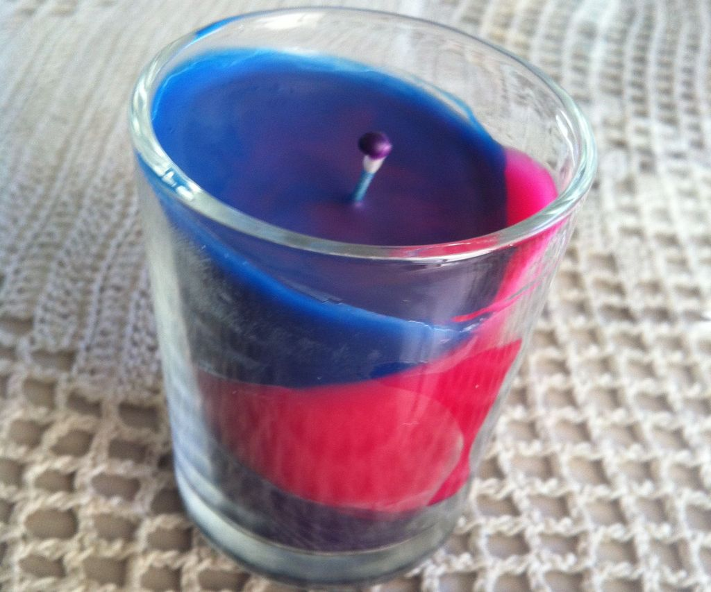 DIY Crayon Candle