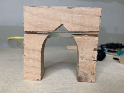 Wood Supports: Mirror