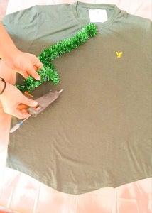 Make the Outline of Christmas Tree