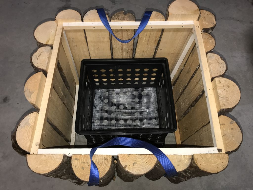 Picture of Plastic Crate for Transporting Waste (Optional)