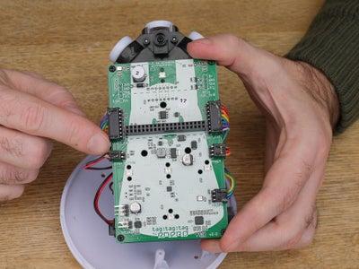 Connexion Du Câble Du Bouton / Connecting the Button