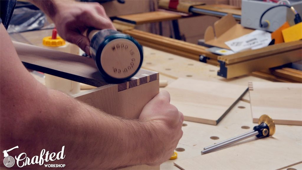 Picture of Cut the Pins Portion of Dovetails