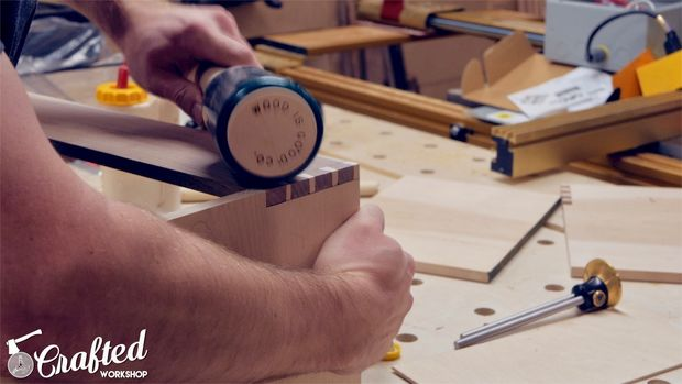 Building A Hand Tool Tote with Hand Cut Dovetails - 13.jpg