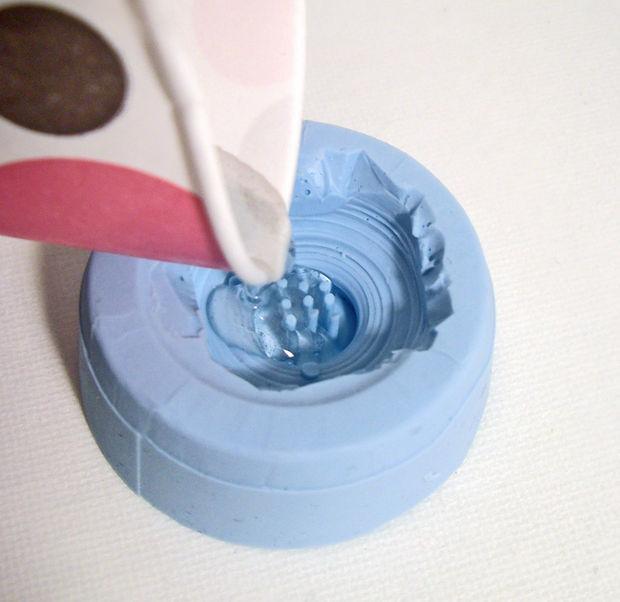button_mould.jpg