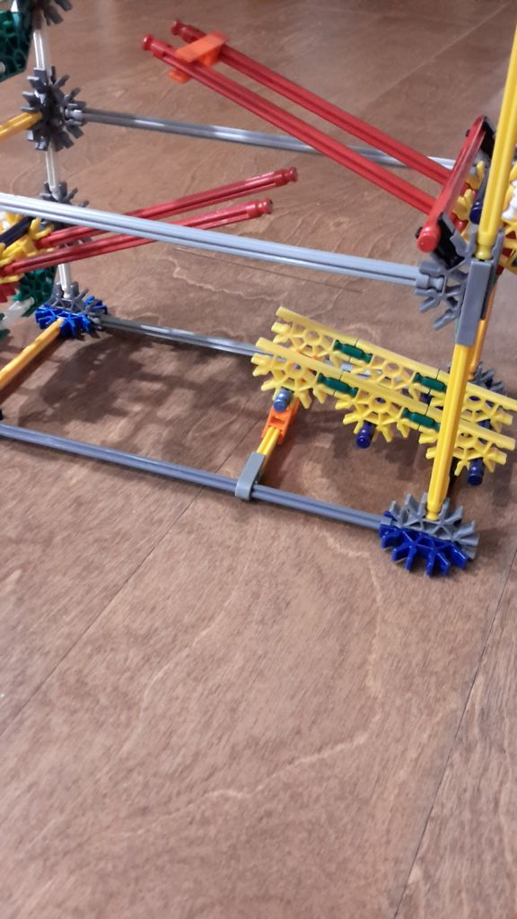 Picture of Connect the Track to the Frame