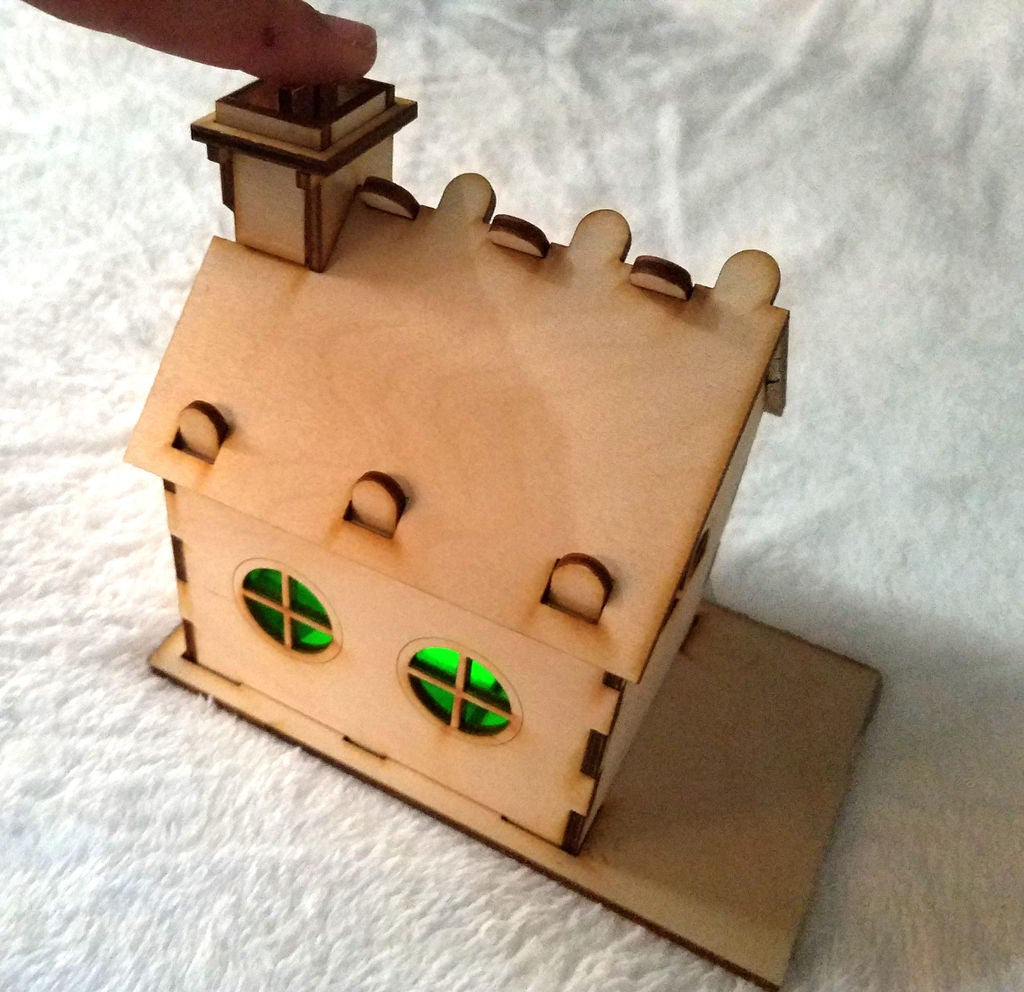 Picture of Light Up Gingerbread House