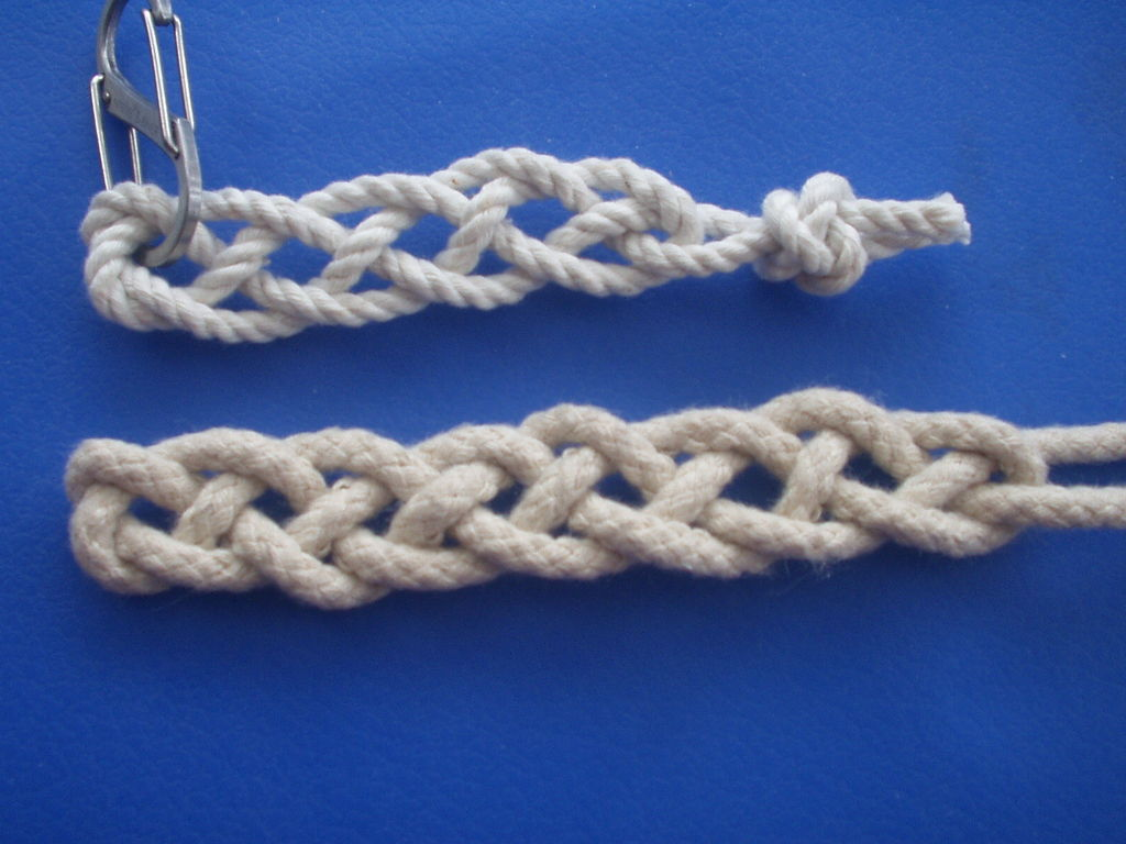 Picture of Single Cord 4 Strand Flat Braid