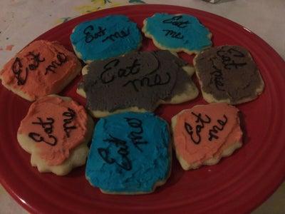 """Alice in Wonderland """"Eat Me"""" Cookies"""