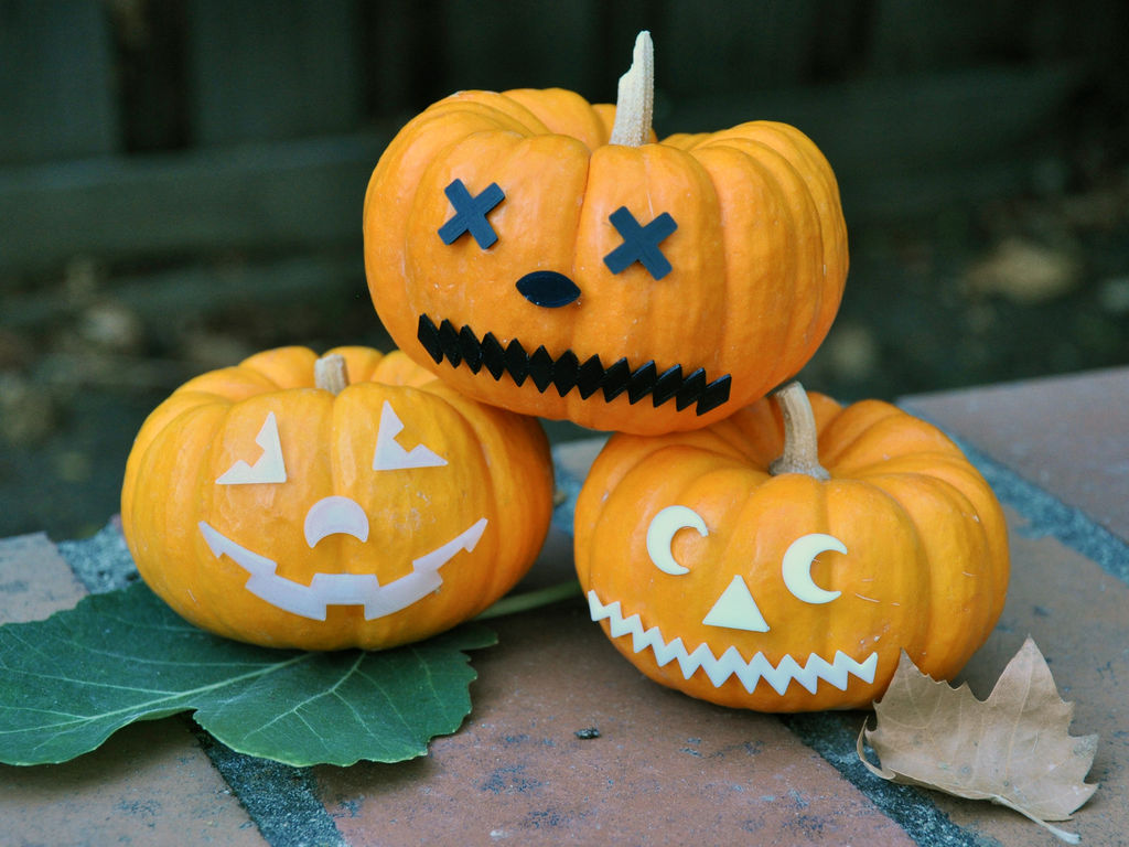 Picture of 3D Print Jack-o-Lantern Face Pieces - Mr. Pumpkin Head