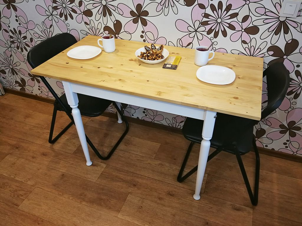 Picture of Second Life for Your Old Dining Table
