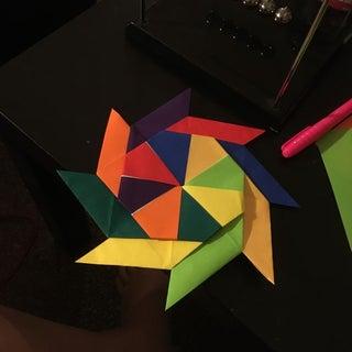 Math Art Awesomeness: Make a Transforming Ninja Star | 320x320