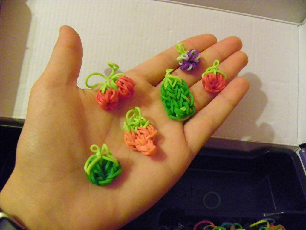 Picture of Rainbow Loom Vegetable Garden Bracelet