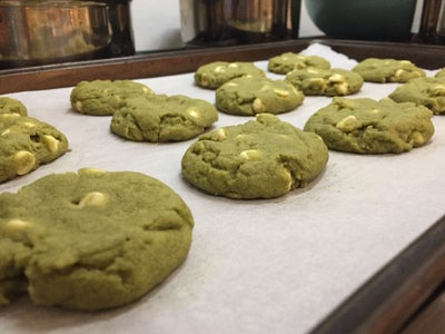 When Cookies Are Done Baking, Scrape Them Off the Cookie Sheet Carefully So That They Do Not Stick to the Sheet. Let Cool for at Least 5 Minutes to Prevent Them From Breaking.
