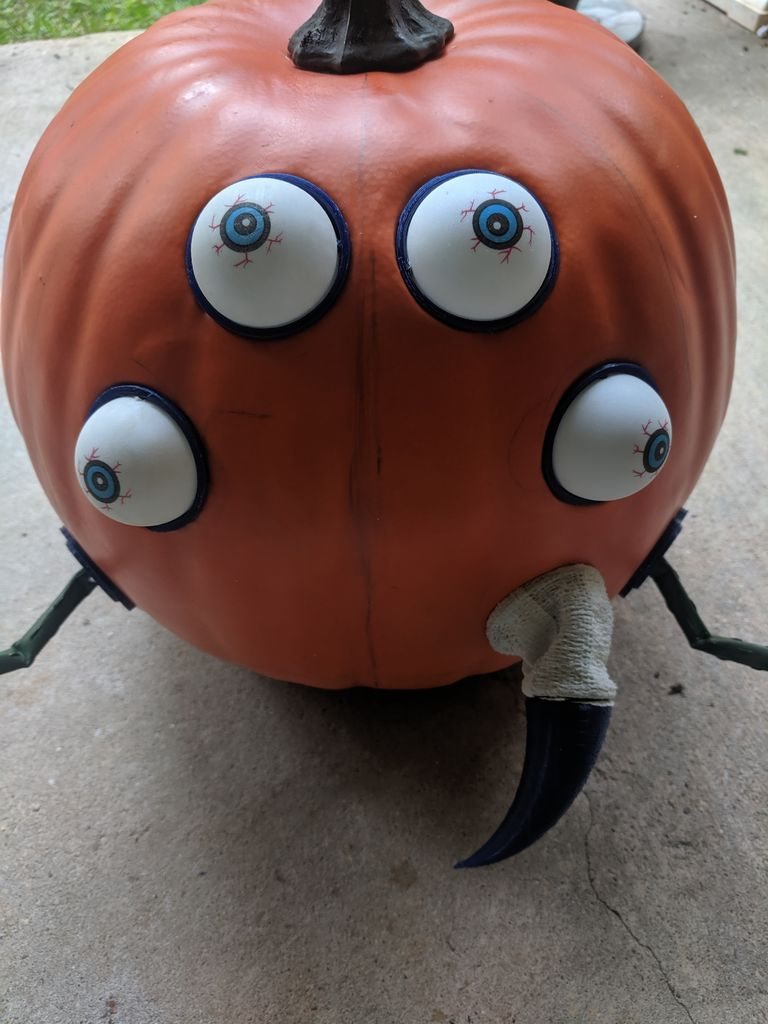Picture of Attach Body Parts to Your Pumpkin
