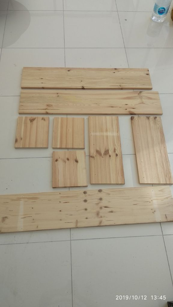 Picture of Wood Parts Are Ready According to Dimensions