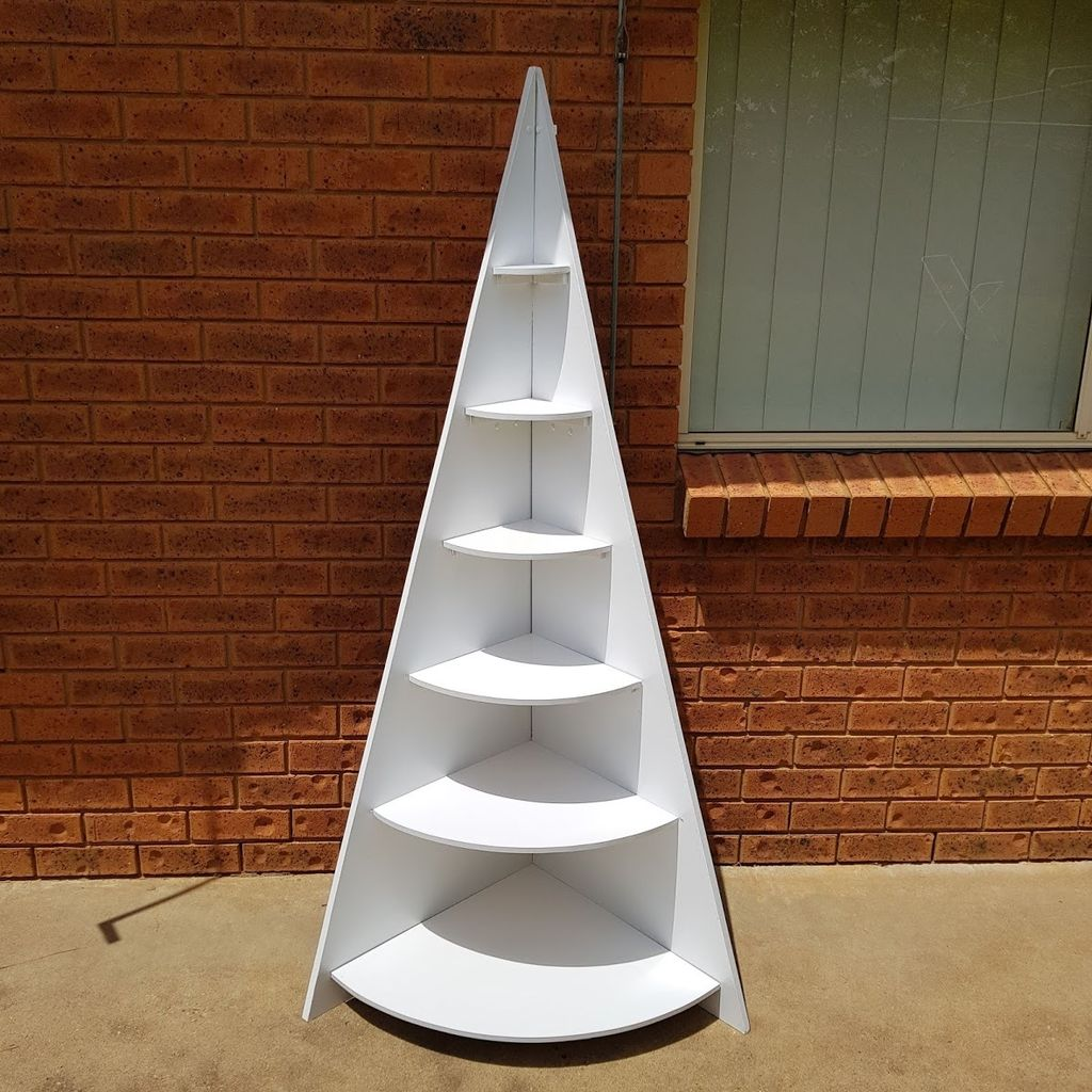 Picture of How to Make a Corner Christmas Tree Shelf