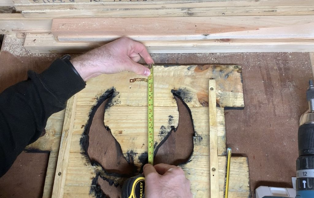 Picture of Attaching Picture Frame Hook