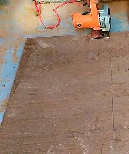 Picture of Cutting the Plywood