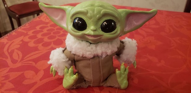 Baby Yoda Gets His Groove On!