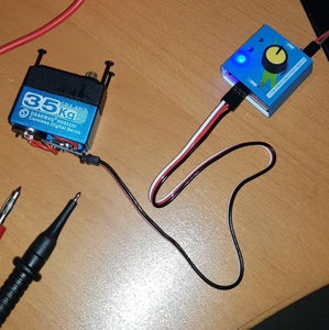 Use a Servo Tester in Order to Be Able to Move the Servo While Measuring Voltages