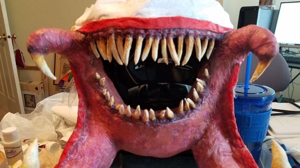 Picture of Painting the Teeth and Fangs