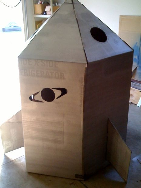 How to build a cardboard Rocket ship - 3