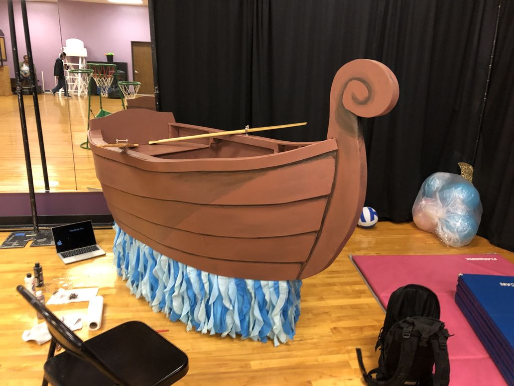 Picture of Row Boat Stage Prop