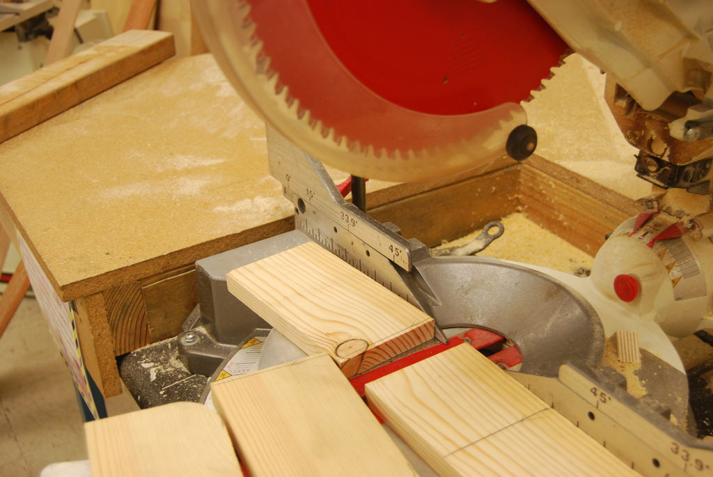 Picture of Cutting With the Miter Saw