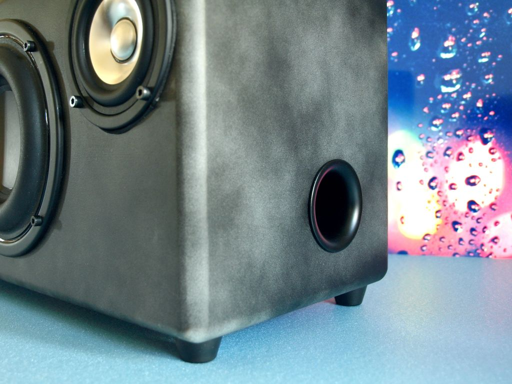 Picture of Portable Bluetooth 2.1 Boombox