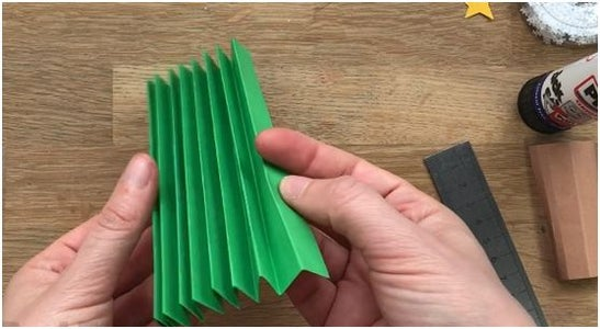 Make the Cuts and Folds With the Paper