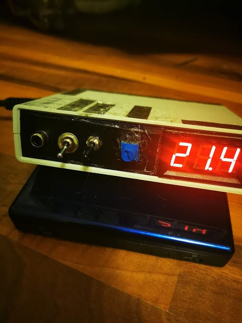 Picture of Super Cheap Variable Power Supply
