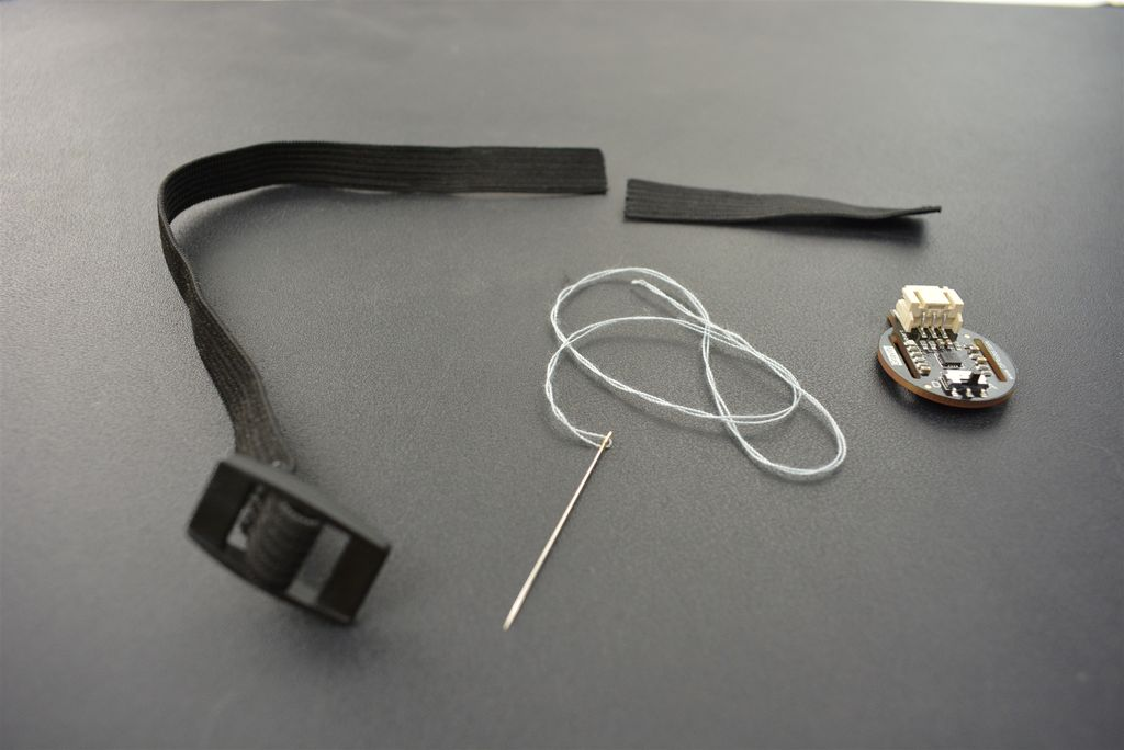 Picture of Cut Off the Accessory Telescopic Band to 6~7cm.