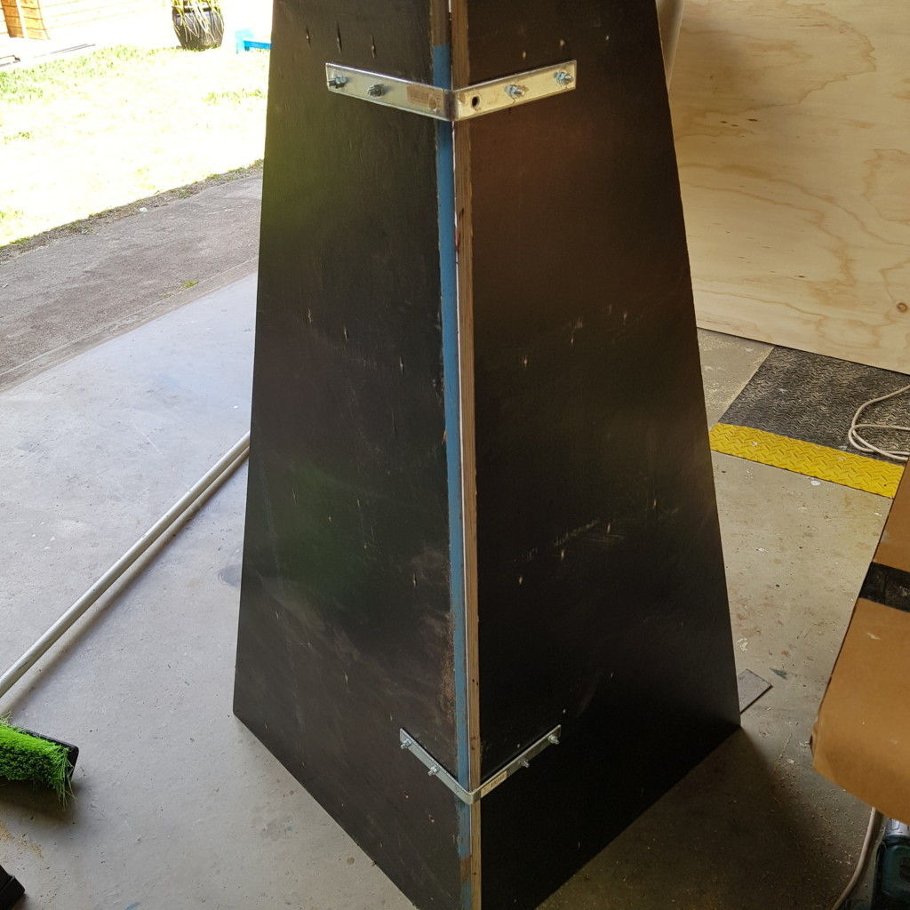 Picture of Join the Sides With Brackets