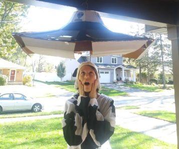 Cardboard UFO!