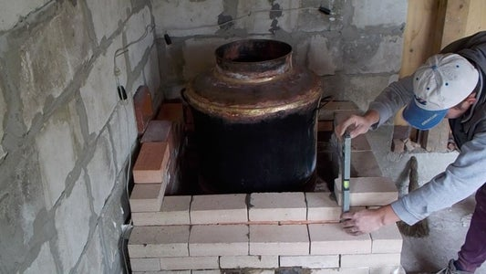 Mounting the Brandy Copper Boiler.