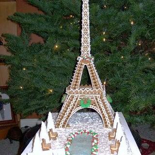 Eiffel-Tower-in-gingerbread.jpg