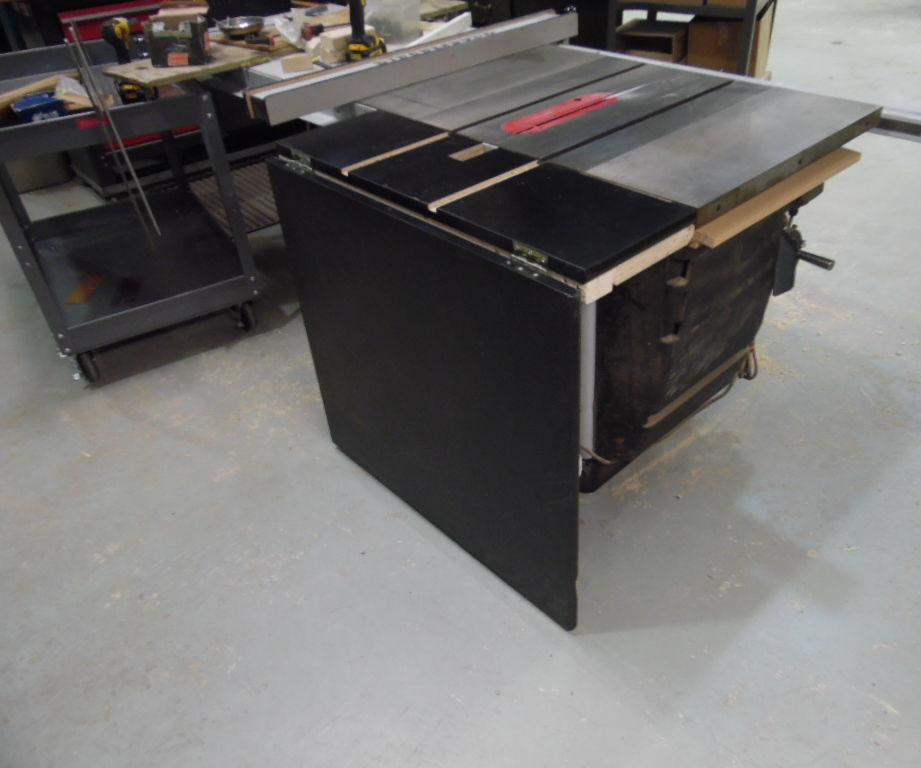 Adding a folding outfeed table to your shop's table saw