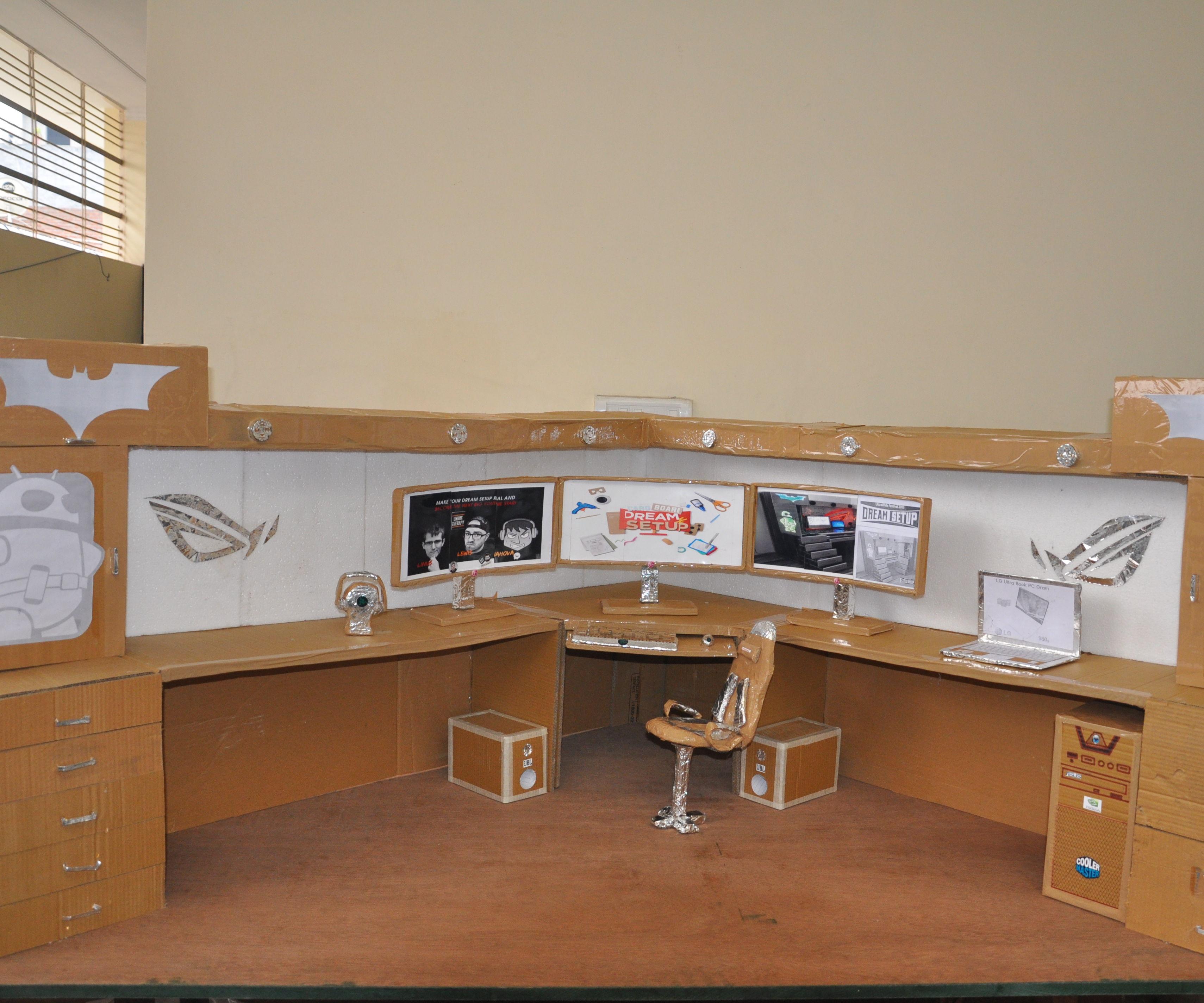Cardboad Computer desk