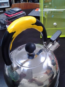 Sugru Enhance Kettle Handle