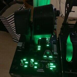 Thrustmaster-Hotas-Warthog-Throttle-Monster-Tech-Mount.jpg