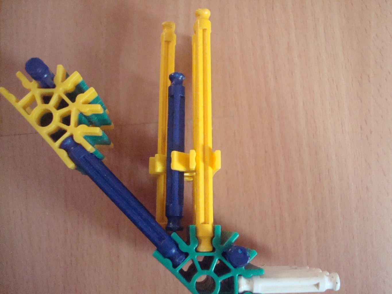 Knex Rubber Band Gun: Plasma Pistol