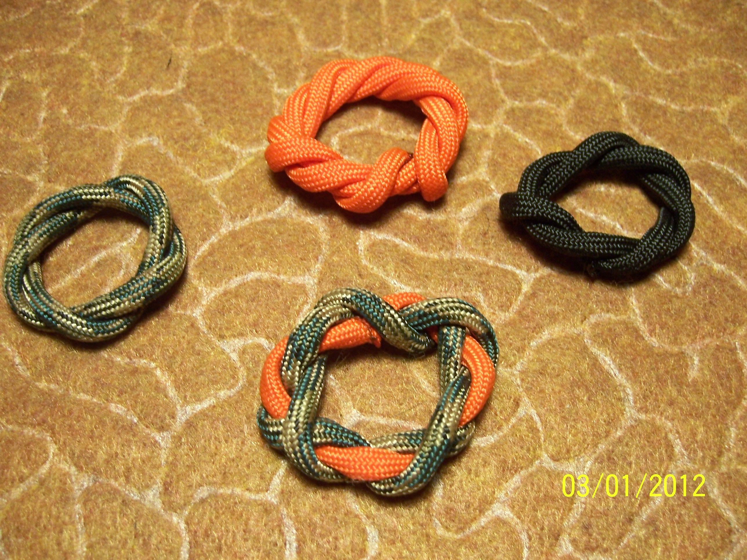 Survival Rings-yet another paracord project