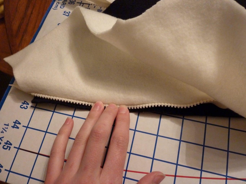 Start Sewing (Pockets and Zipper)
