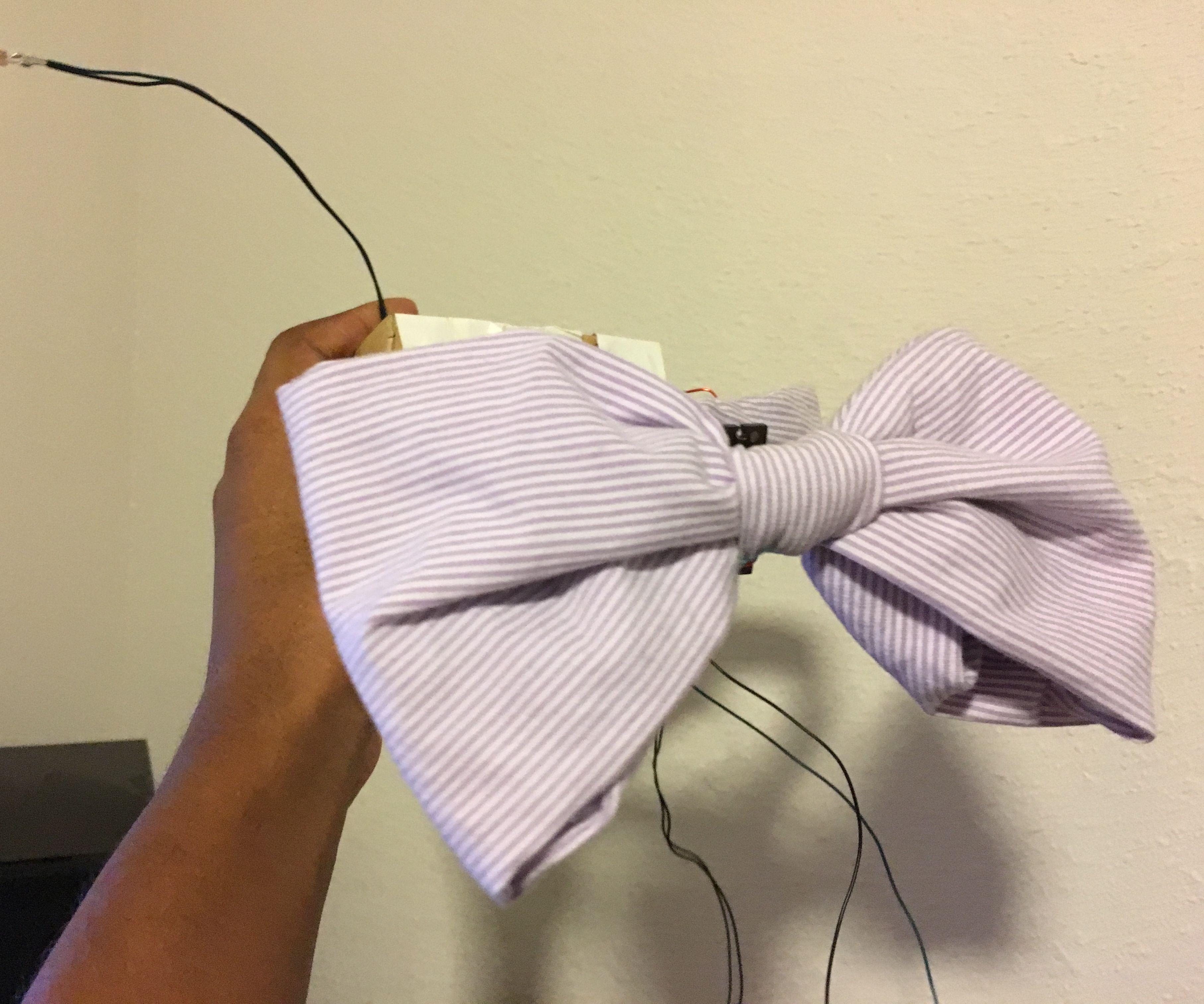 Flexing Sensor Bow Tie